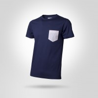 Man blue t-shirt with pois pocket